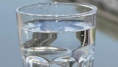 Photo of ما هي كمية الماء التي يجب شربها يومياً؟ وماذا ينتج عند نقص الماء في الجسم؟