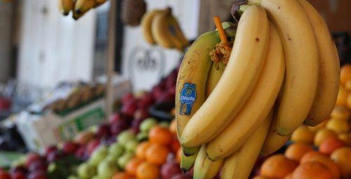 Photo of تناول الفواكه والخضار المتنوعة هو أساس صحة الجسم