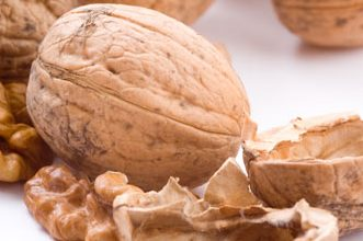 Photo of فوائد المكسرات – المكسرات تساعد في تقليل نسبة الدهون في الدم