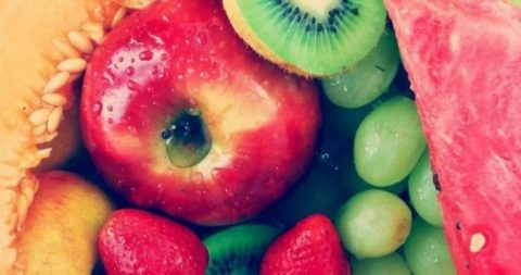 Photo of دراسة: التفاح والإجاص يخفضان من خطر الإصابة بالسكتة الدماغية