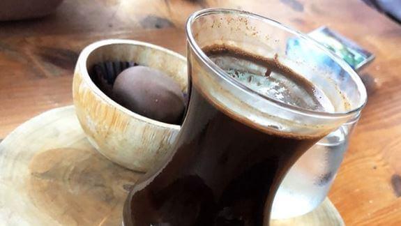 فوائد القهوة للسمع