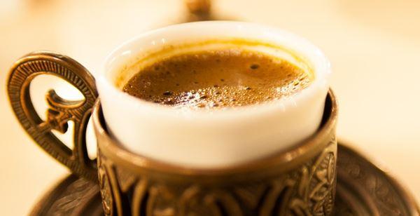 Photo of فوائد القهوة مع الحليب – هل القهوة مفيدة أكثر مع الحليب أم لا؟